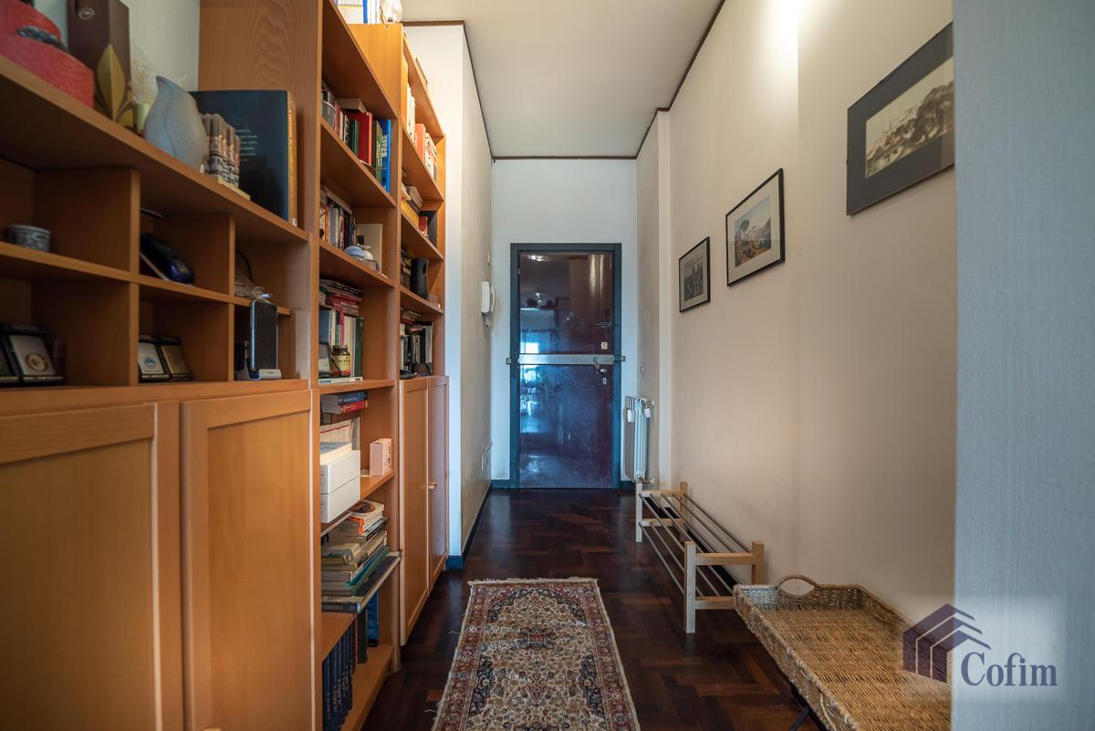 Trilocale piano alto con balcone  San Felice (Segrate) - in Vendita - 4