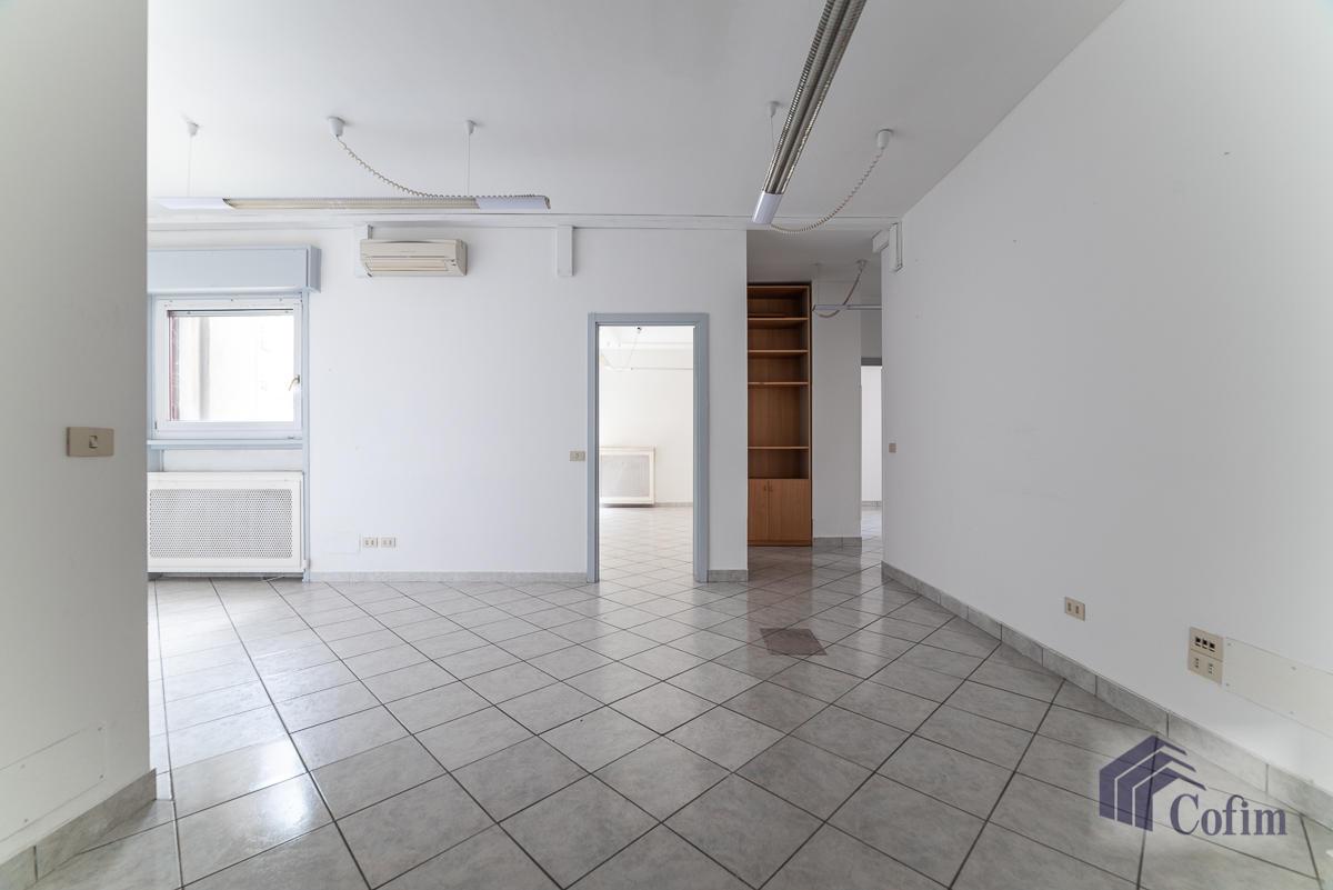 Ufficio luminoso e ristrutturato  San Felice (Segrate) - in Vendita - 3