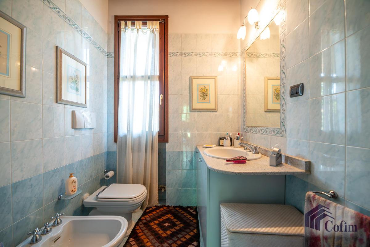 Appartamento di pregio su due livelli con giardino  Residenza Longhignana (Peschiera Borromeo) - in Vendita - 29