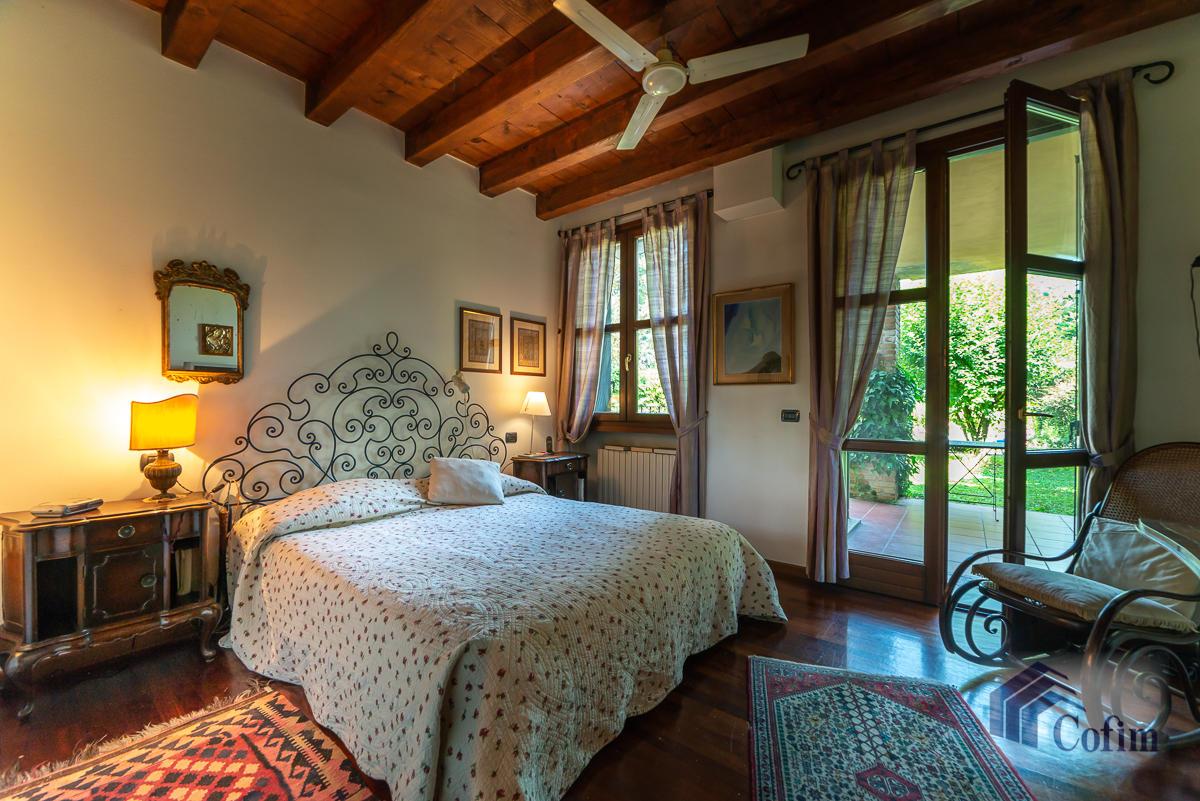 Appartamento di pregio su due livelli con giardino  Residenza Longhignana (Peschiera Borromeo) - in Vendita - 23