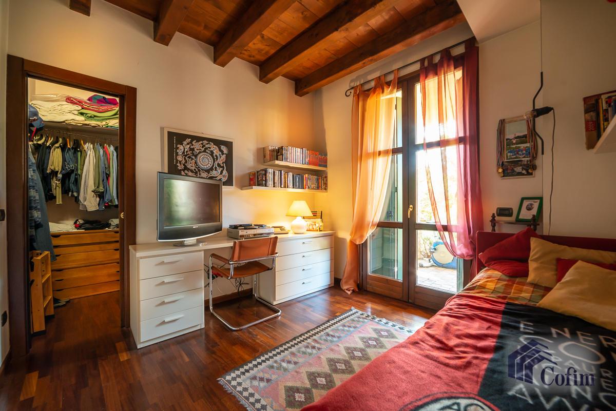 Appartamento di pregio su due livelli con giardino  Residenza Longhignana (Peschiera Borromeo) - in Vendita - 28