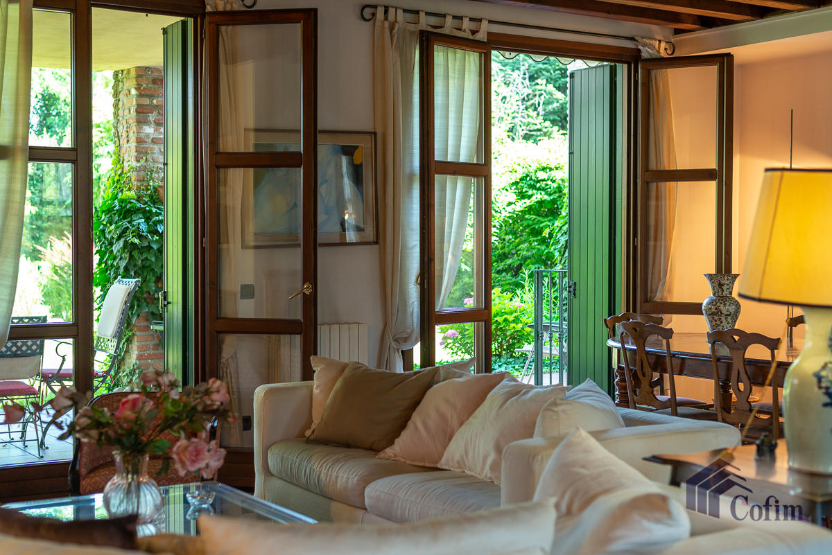 Appartamento di pregio su due livelli con giardino  Residenza Longhignana (Peschiera Borromeo) - in Vendita - 12