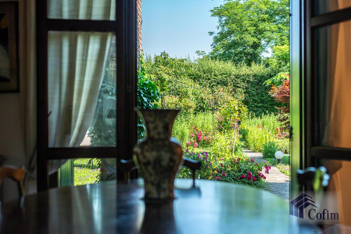 Appartamento di pregio su due livelli con giardino  Residenza Longhignana (Peschiera Borromeo) - in Vendita - 14