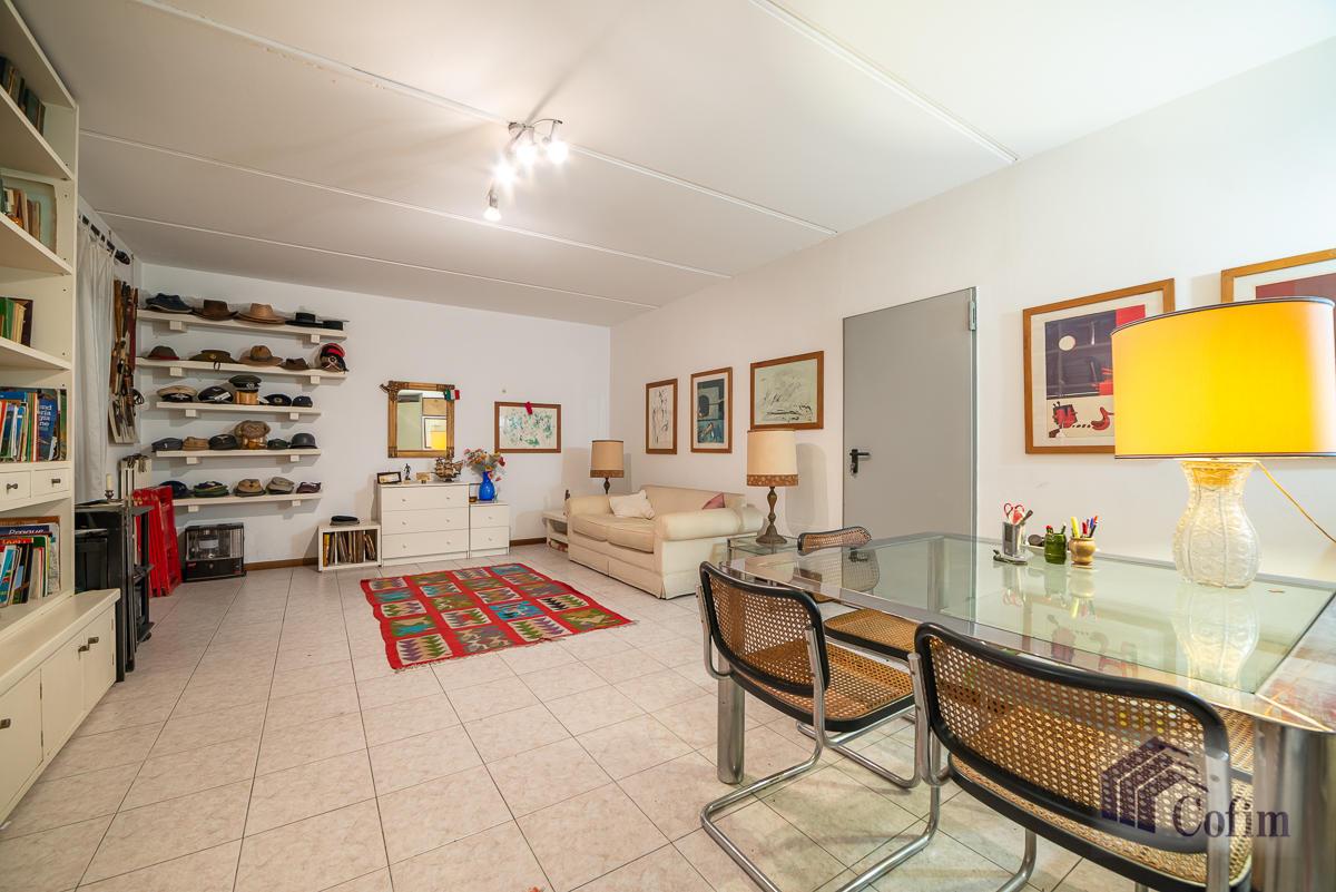 Appartamento di pregio su due livelli con giardino  Residenza Longhignana (Peschiera Borromeo) - in Vendita - 30