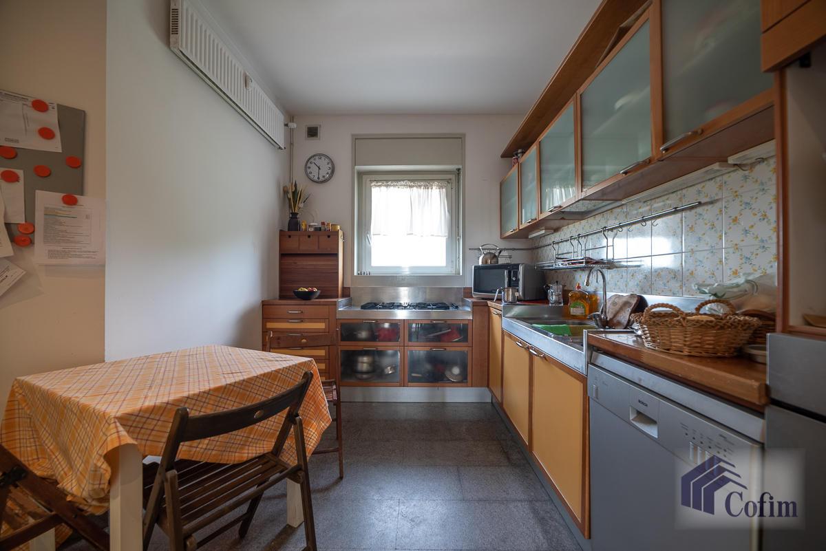 5 Locali ampio, piano alto, posto in Settima Strada  San Felice (Segrate) - in Affitto - 7