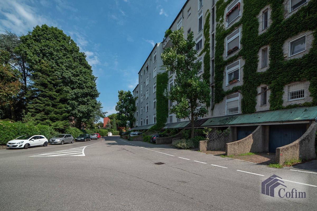 5 Locali ampio, piano alto, posto in Settima Strada  San Felice (Segrate) - in Affitto - 13