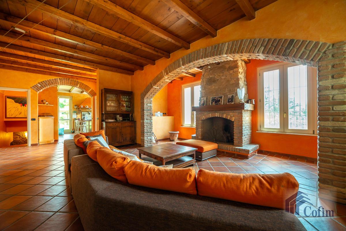 Villa singola con piscina e 10.000 mq di parco vista lago  Vescogna (Calco) - in Vendita - 18