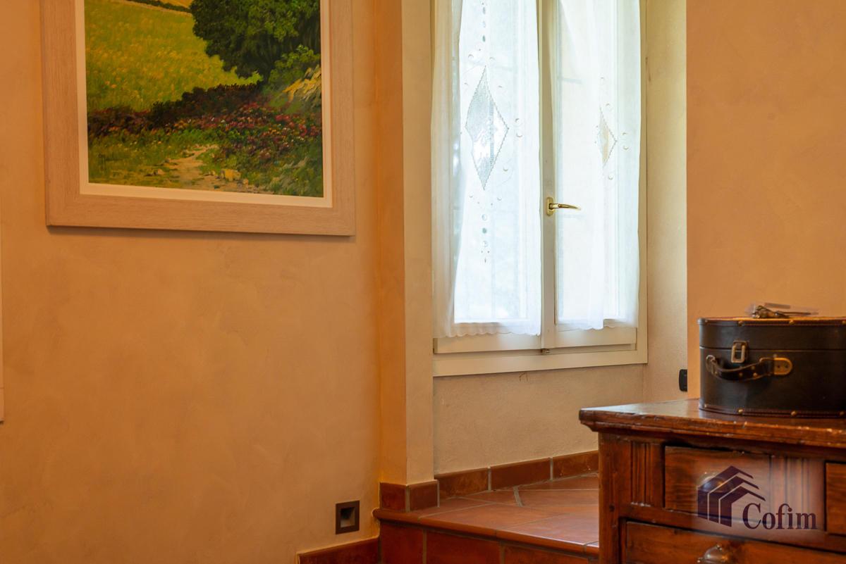 Villa singola con piscina e 10.000 mq di parco vista lago  Vescogna (Calco) - in Vendita - 39