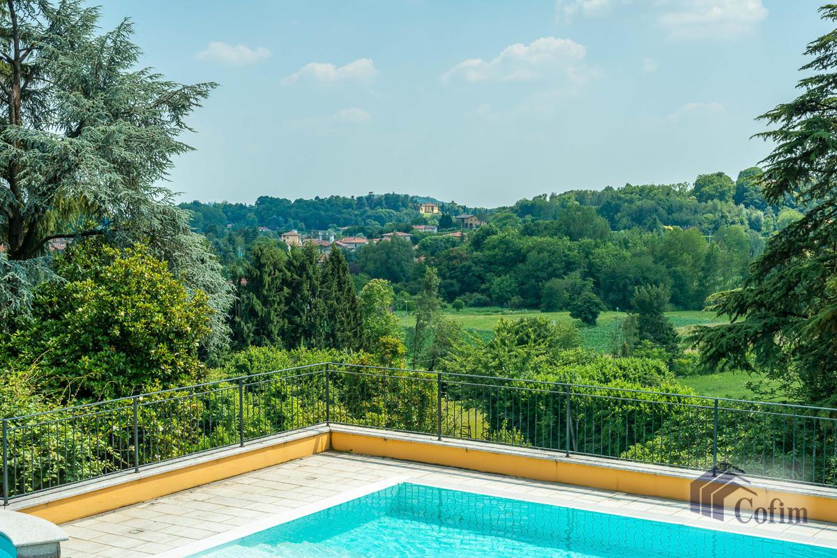 Villa singola con piscina e 10.000 mq di parco vista lago  Vescogna (Calco) - in Vendita - 4