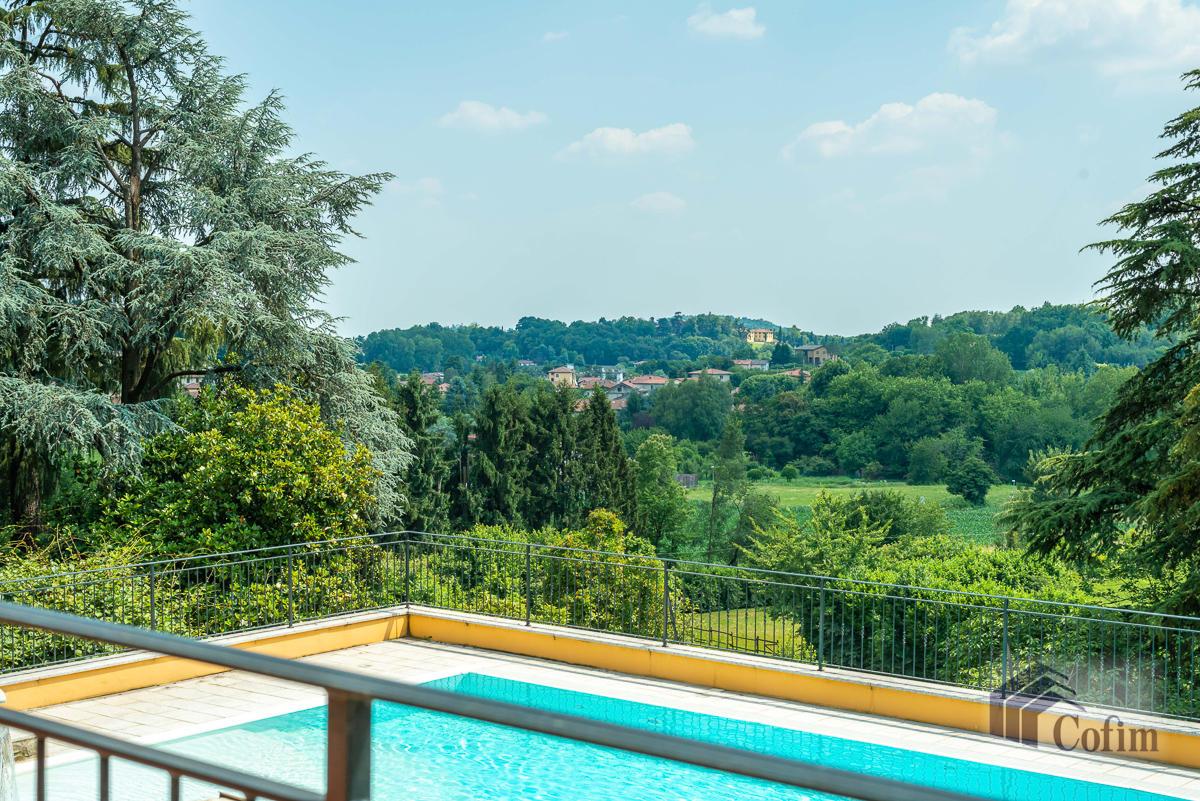 Villa singola con piscina e 10.000 mq di parco vista lago  Vescogna (Calco) - in Vendita - 12
