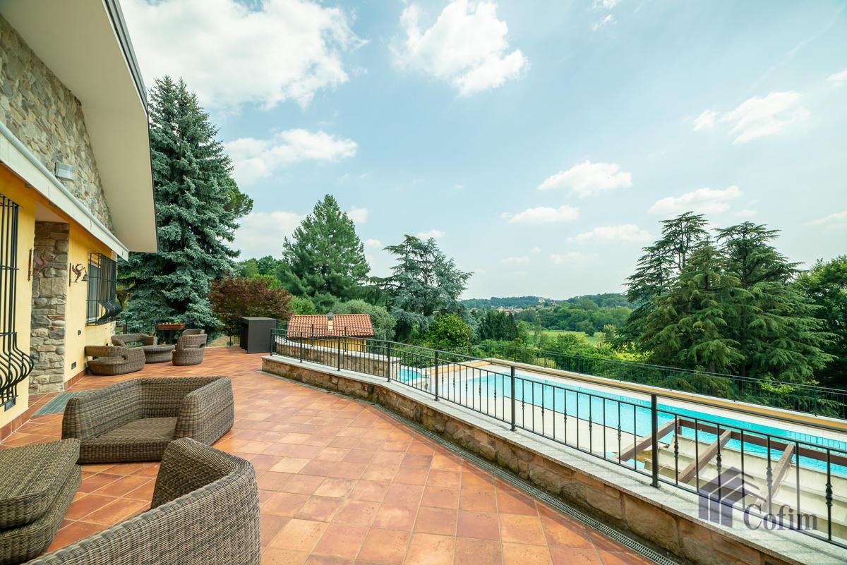 Villa singola con piscina e 10.000 mq di parco vista lago  Vescogna (Calco) - in Vendita - 8