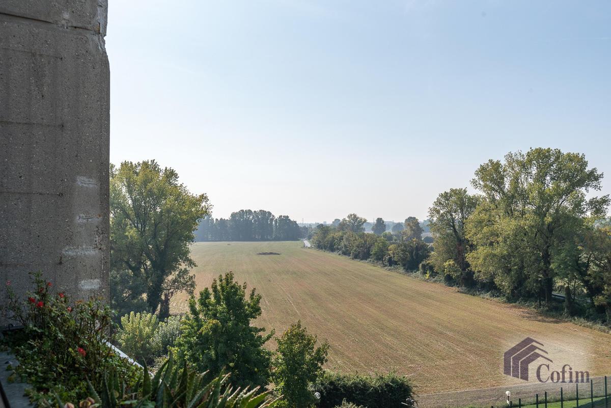 Bilocale ristrutturato in San Bovio (Peschiera Borromeo) - in Vendita - 9