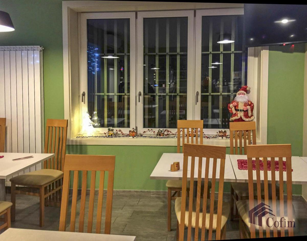 Licenza ristorante-bar moderno in  Mezzate (Peschiera Borromeo) - in Vendita - 11
