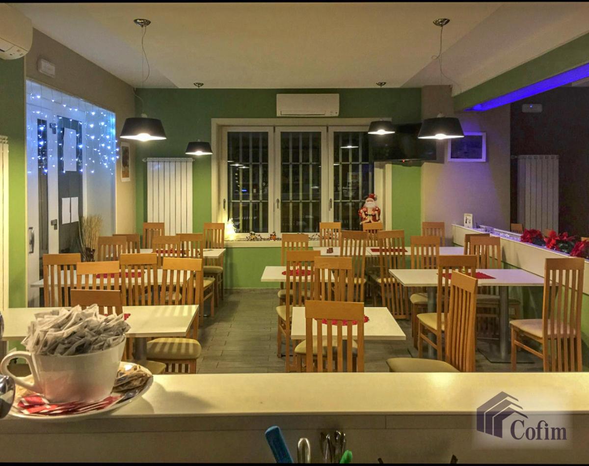 Licenza ristorante-bar moderno in  Mezzate (Peschiera Borromeo) - in Vendita - 13
