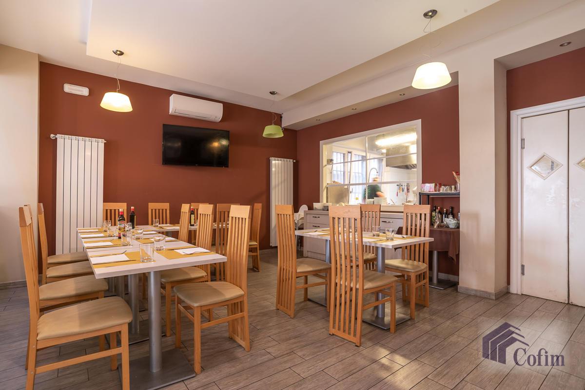 Licenza ristorante-bar moderno in  Mezzate (Peschiera Borromeo) - in Vendita - 6