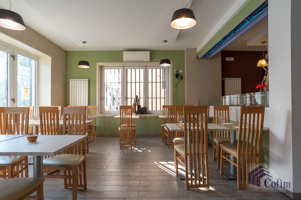 Licenza ristorante-bar moderno in  Mezzate (Peschiera Borromeo) - in Vendita - 7