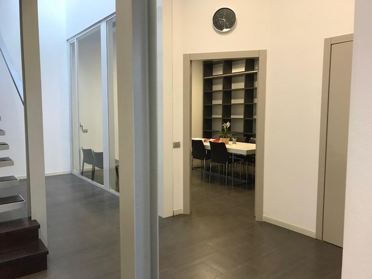 Ufficio Milano (Corvetto) - in Affitto - 12