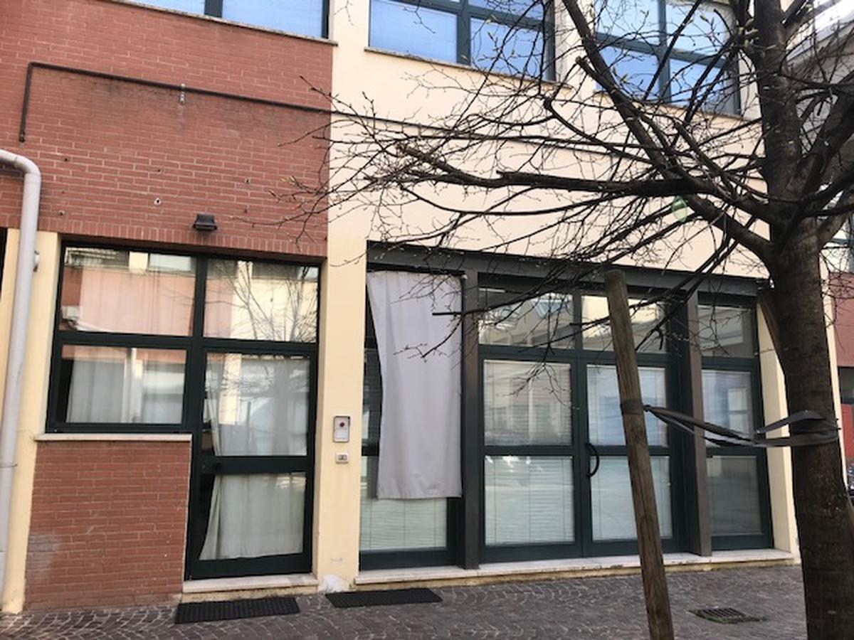 Ufficio Milano (Corvetto) - in Affitto - 26