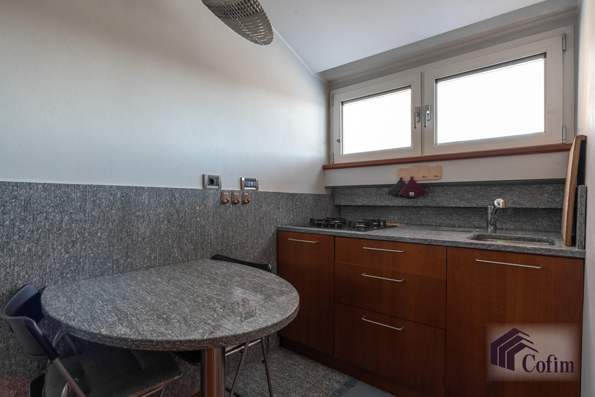 Appartamento Milano (De Angeli) - in Affitto - 4