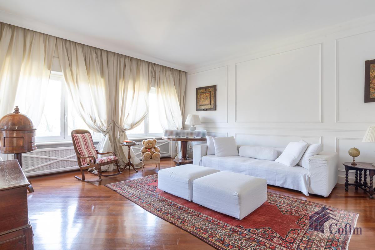 6 Locali prestigioso su due livelli  San Felice (Segrate) - in Vendita - 1