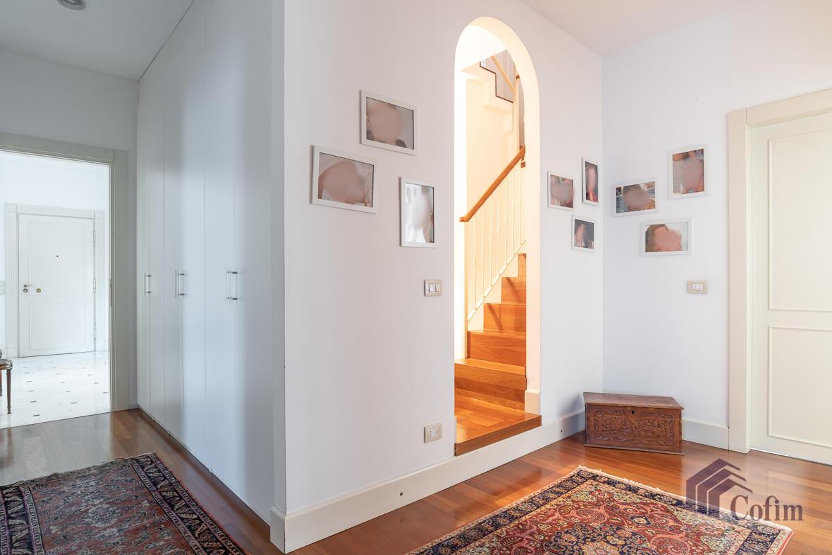 6 Locali prestigioso su due livelli  San Felice (Segrate) - in Vendita - 22