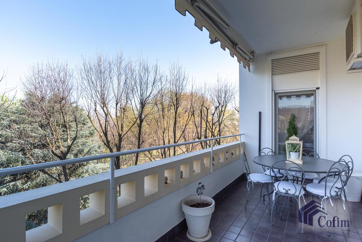 6 Locali prestigioso su due livelli  San Felice (Segrate) - in Vendita - 3