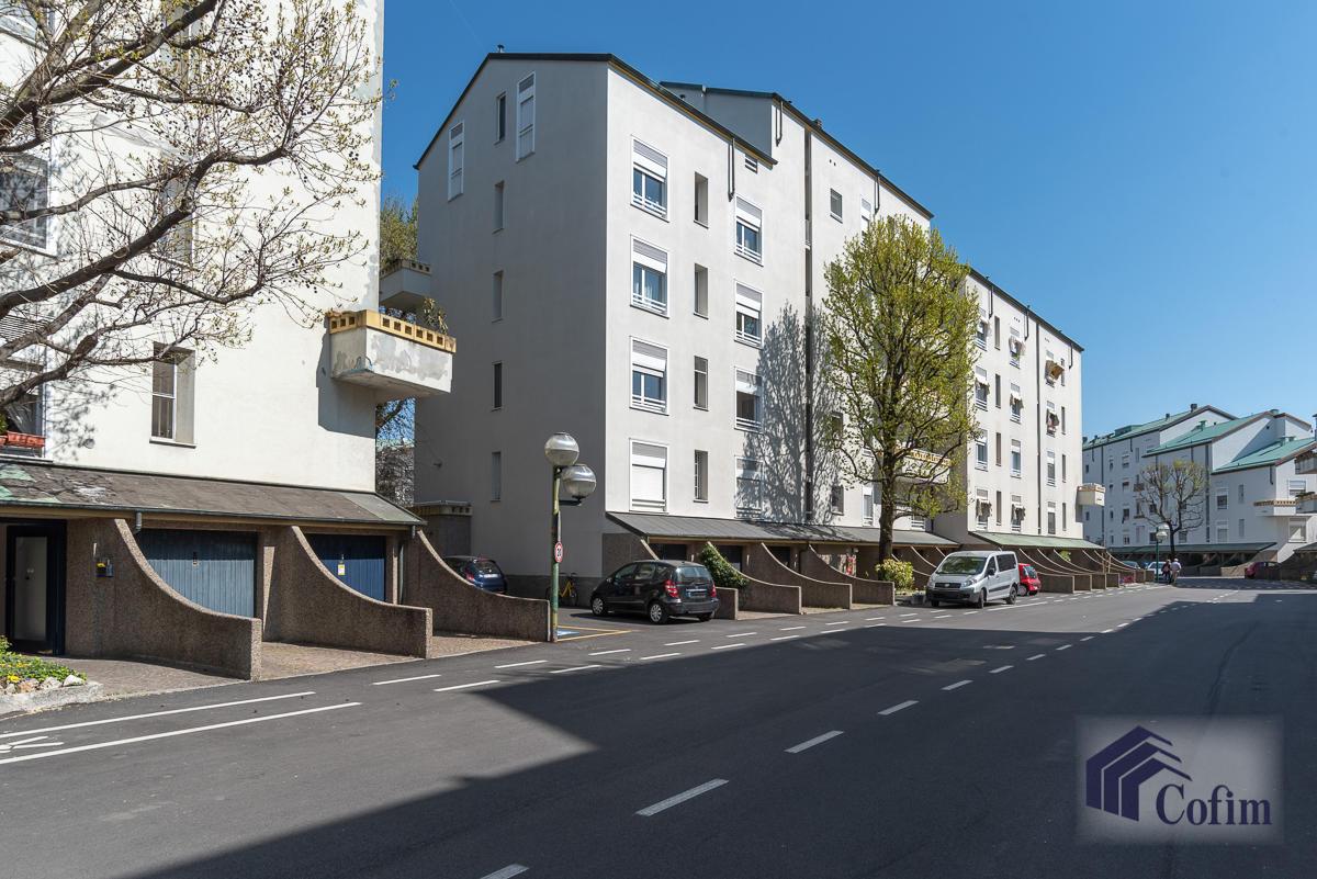 6 Locali prestigioso su due livelli  San Felice (Segrate) - in Vendita - 31