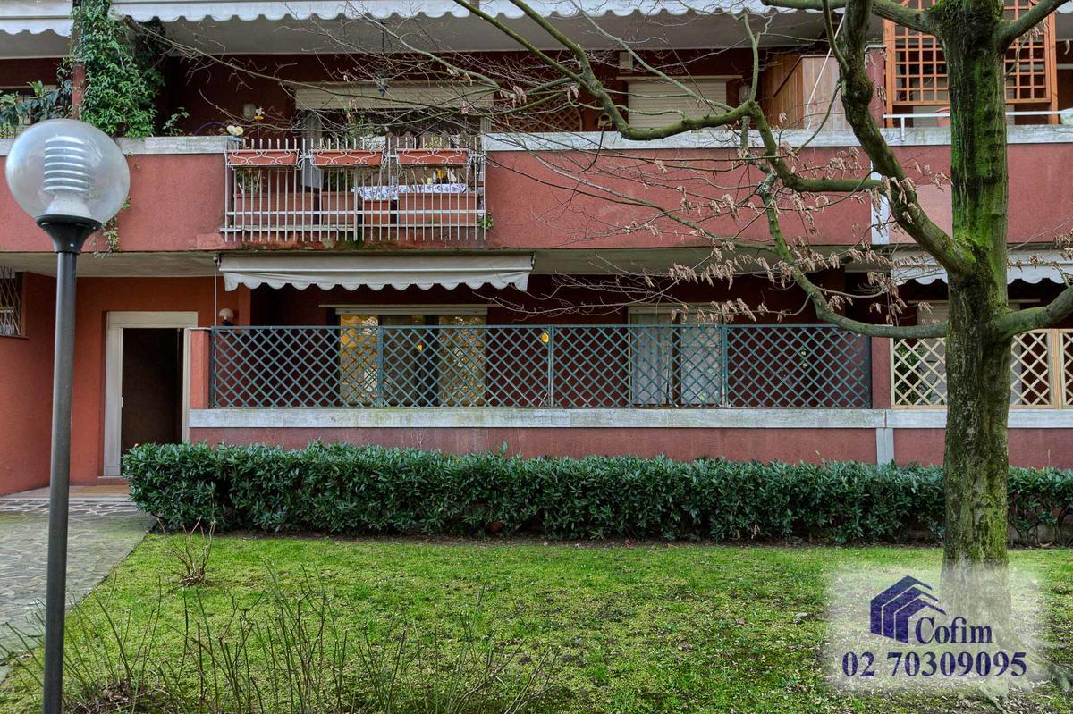 Trilocale  elegantemente arredato in  San Bovio (Peschiera Borromeo) - in Affitto - 2