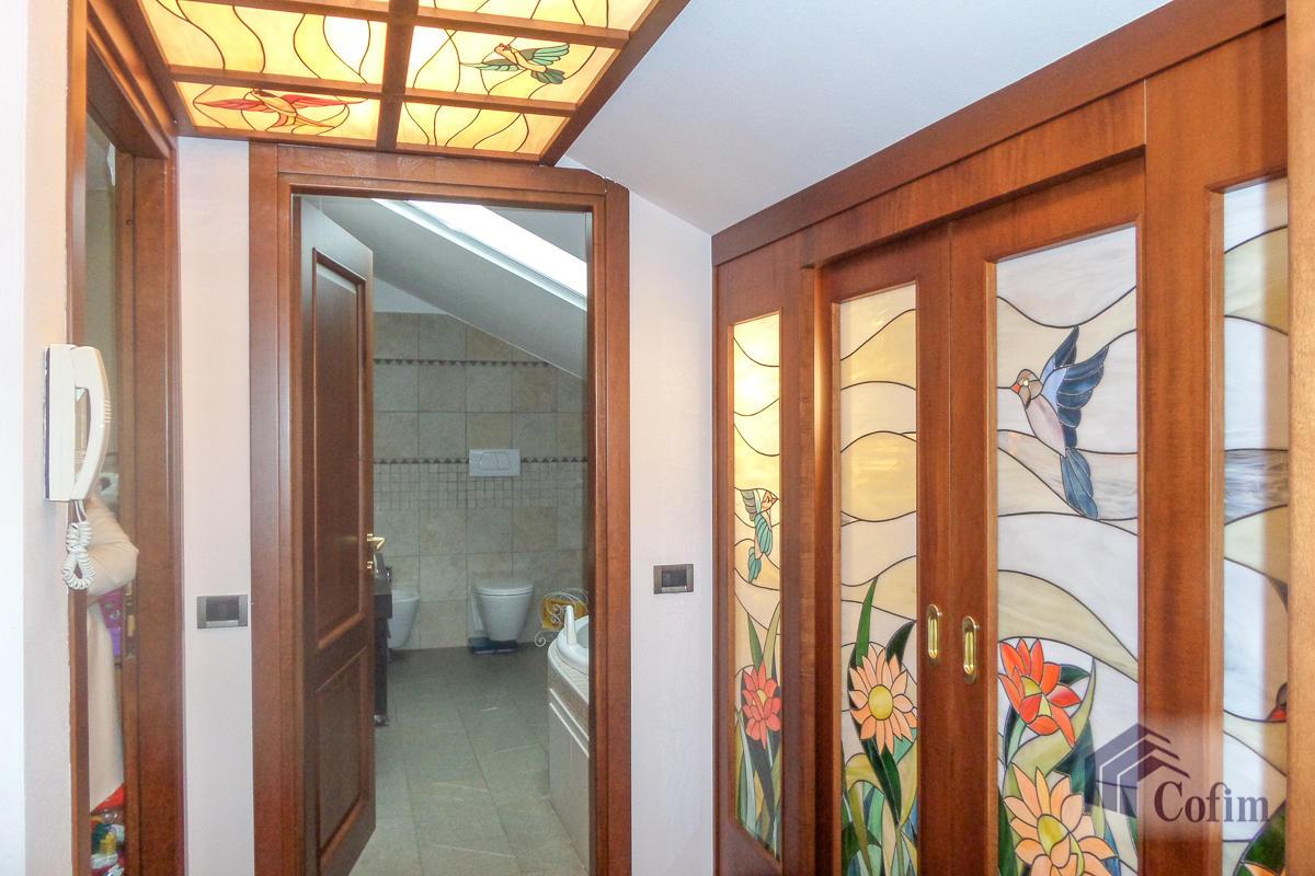 Villa a schiera su tre livelli  Zelo Buon Persico in Vendita - 14