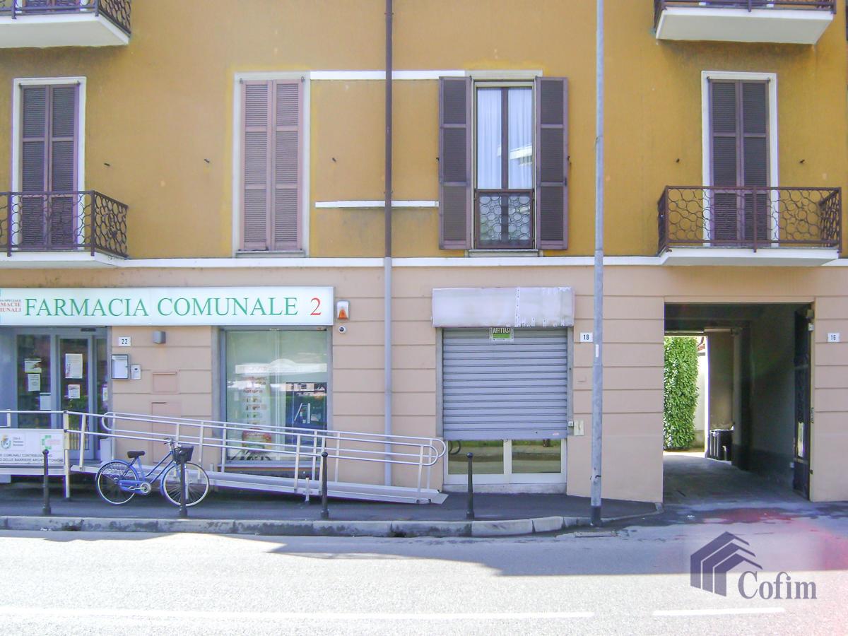 Negozio in posizione centrale  Bettola (Peschiera Borromeo) - in Affitto - 1