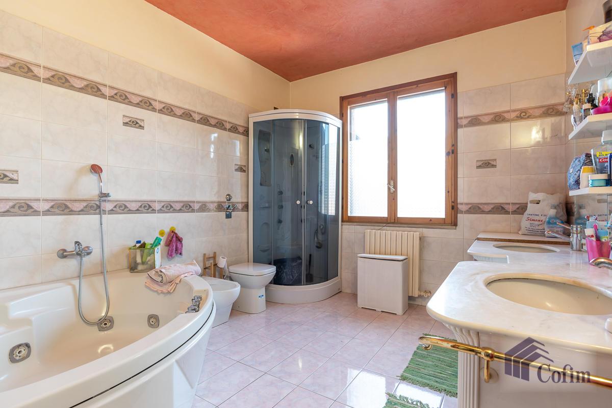 Villa singola su due piani  Millepini (Rodano) - in Vendita - 12