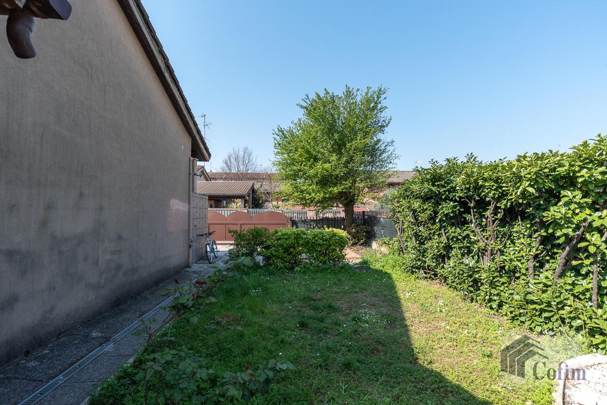 Villa singola su due piani  Millepini (Rodano) - in Vendita - 21