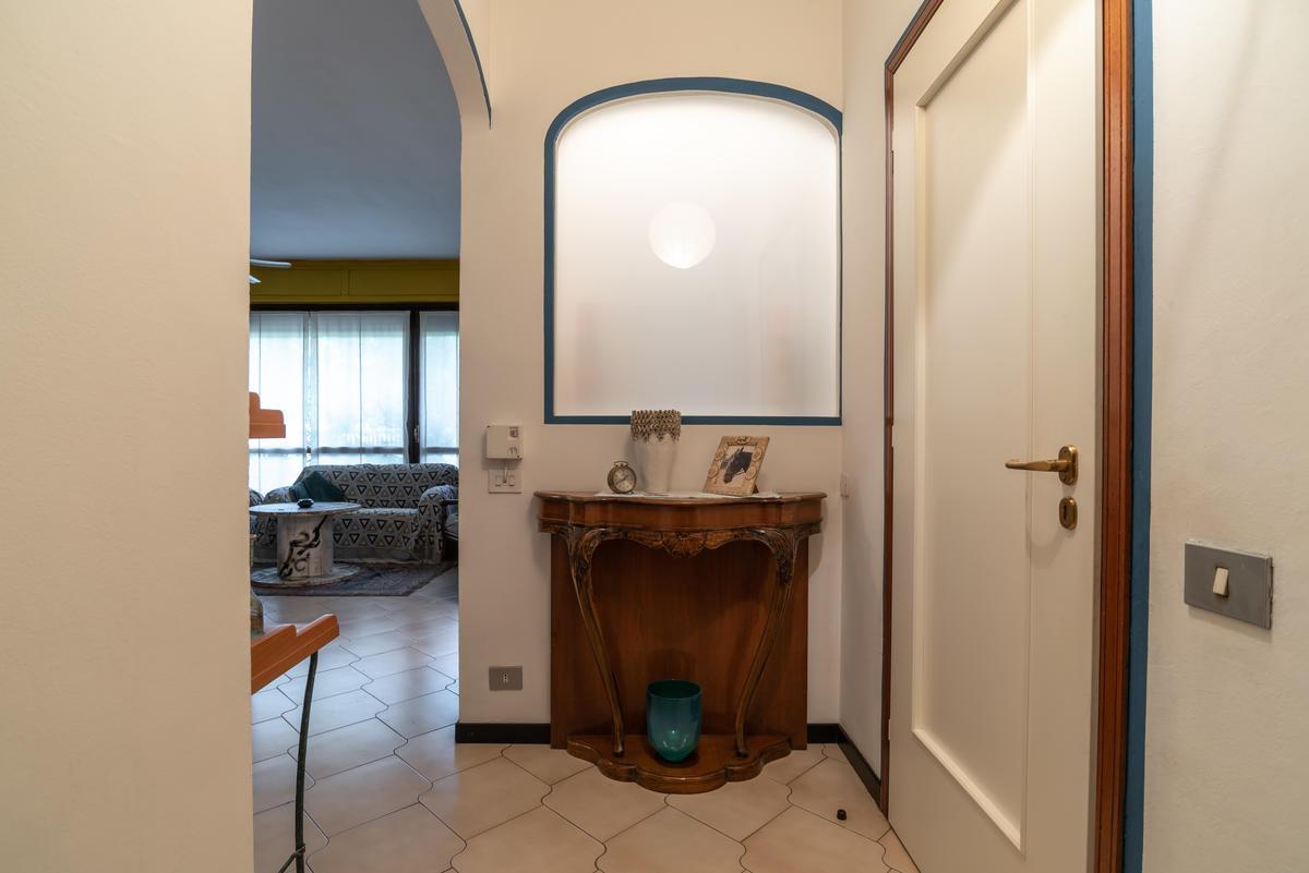 Trilocale particolare in  San Bovio (Peschiera Borromeo) in Vendita - 12
