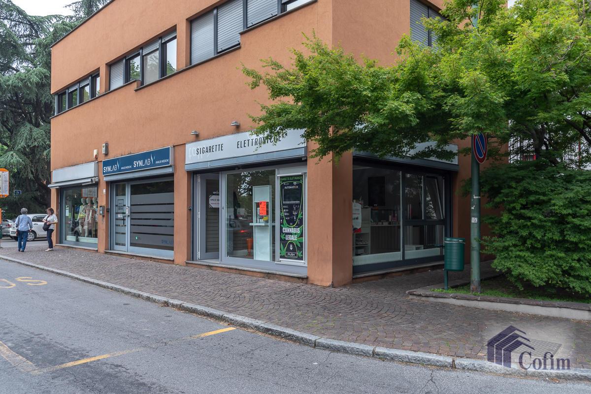 Negozio centralissimo  San Felice (Segrate) - in Affitto - 1