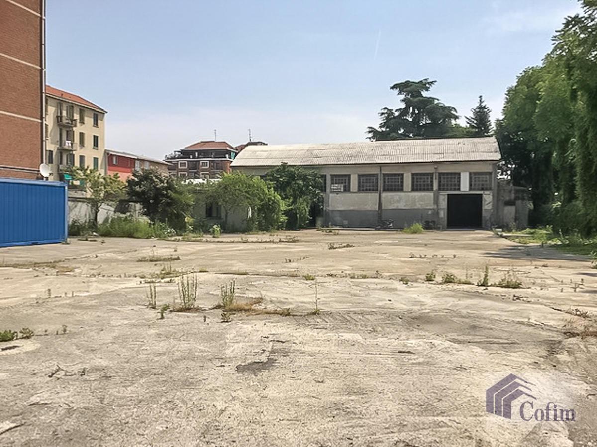 Capannone più terreno edificabile  Novegro (Segrate) Vendita in Esclusiva - 9