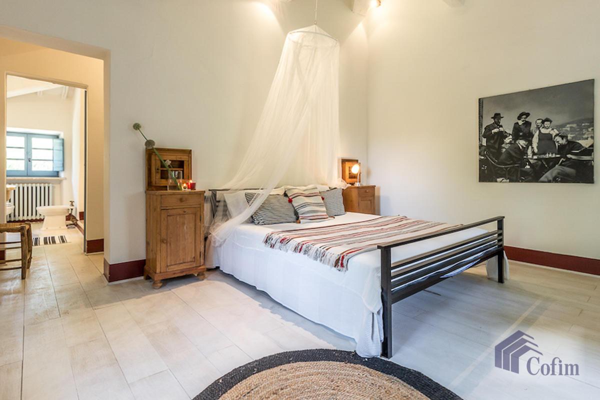Villa singola prestigiosa con piscina condominiale a  Izzalini (Todi) - in Vendita - 11