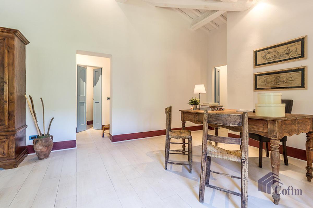Villa singola prestigiosa con piscina condominiale a  Izzalini (Todi) - in Vendita - 13