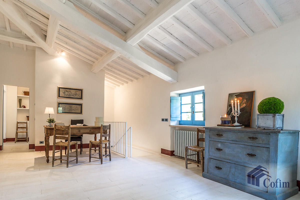 Villa singola prestigiosa con piscina condominiale a  Izzalini (Todi) - in Vendita - 15