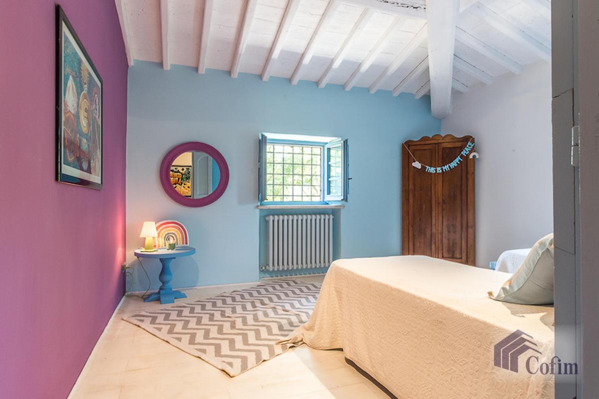Villa singola prestigiosa con piscina condominiale a  Izzalini (Todi) - in Vendita - 19