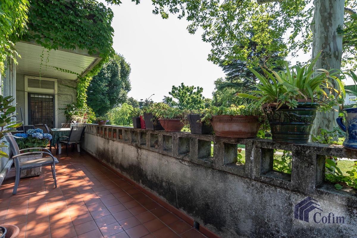 5 Locali prestigioso in  San Felice (Segrate) in Vendita - 13