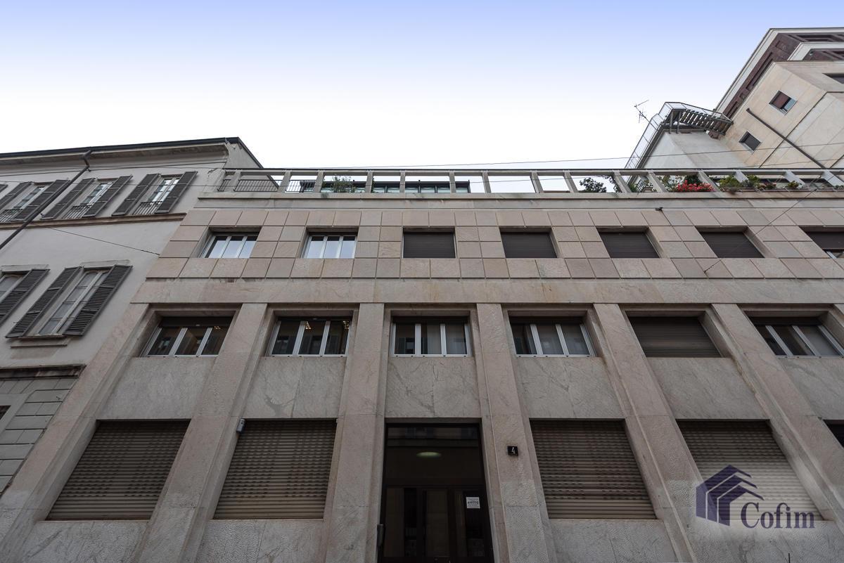 5 Locali Milano (Centro Storico) - in Affitto - 24