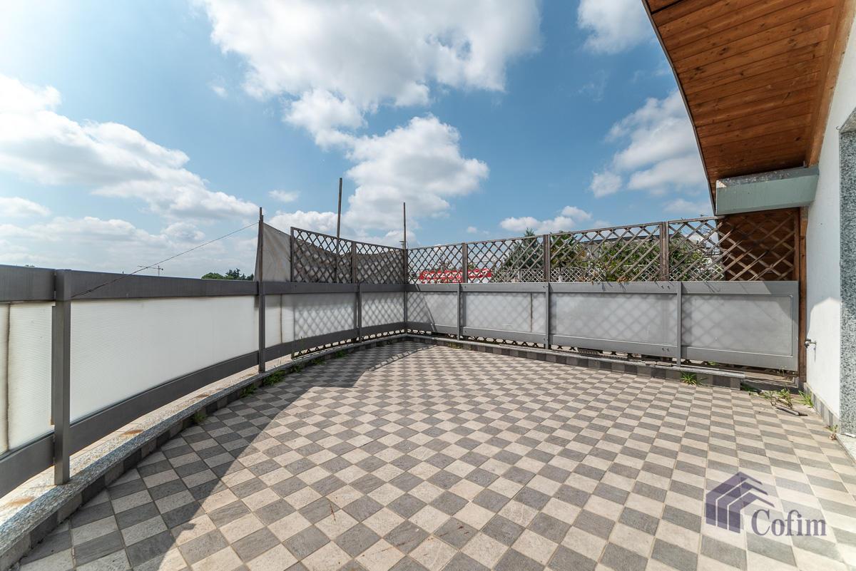 Ufficio - immobile ristrutturato suddiviso in tre piani in  Segrate in Vendita - 7