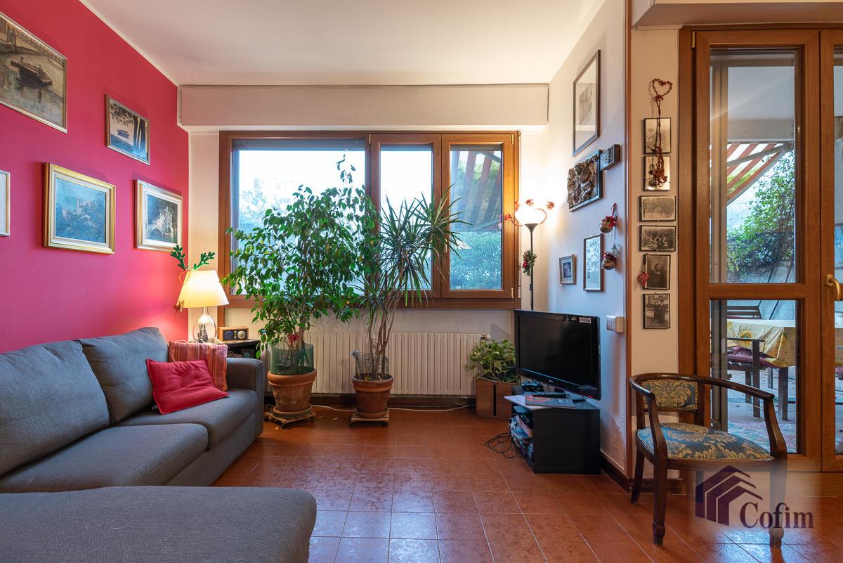 Trilocale confortevole con giardino in  San Felicino (Peschiera Borromeo) Vendita in Esclusiva - 3