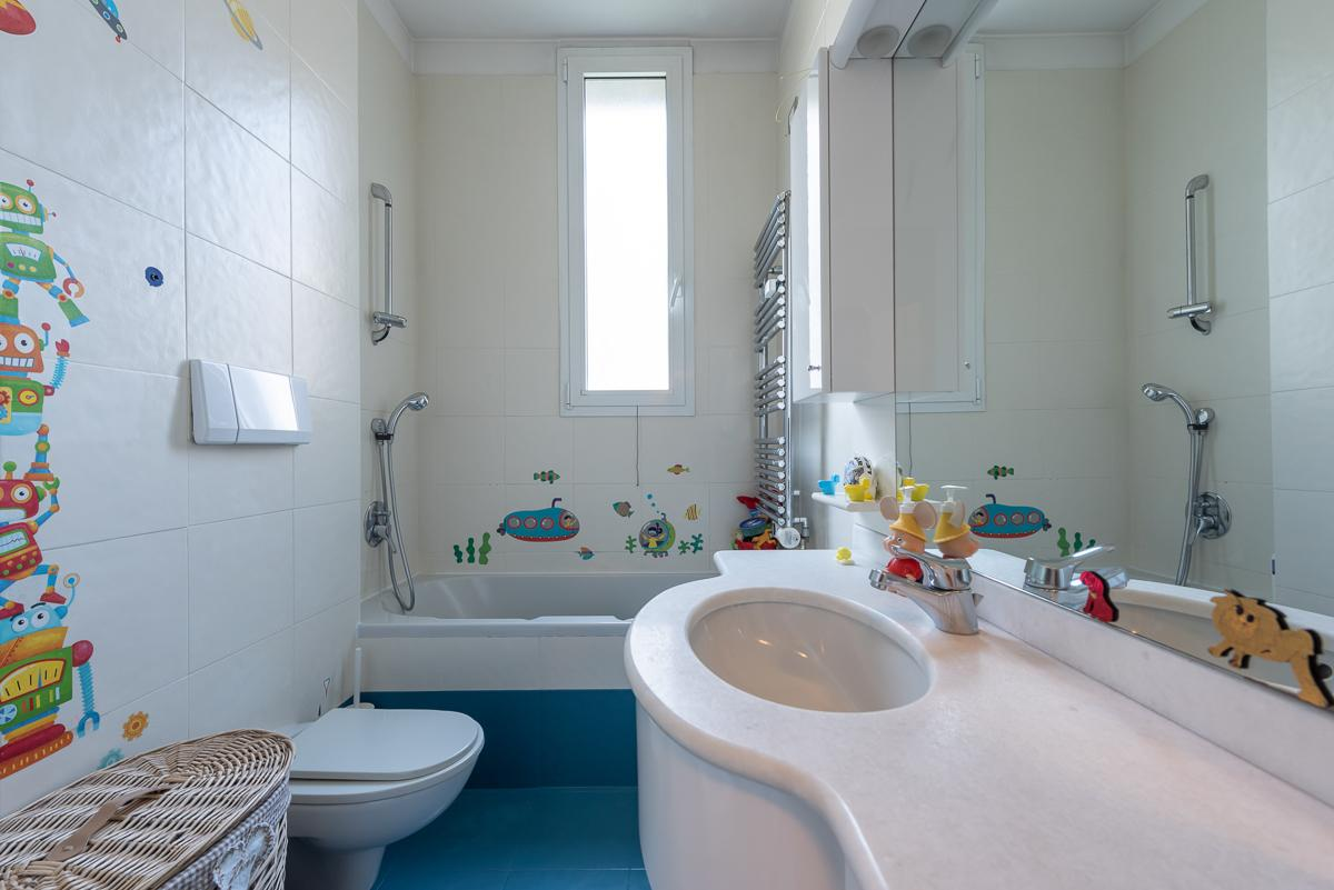 5 Locali elegantemente ristrutturato   San Felice (Segrate) Affitto in Esclusiva - 27