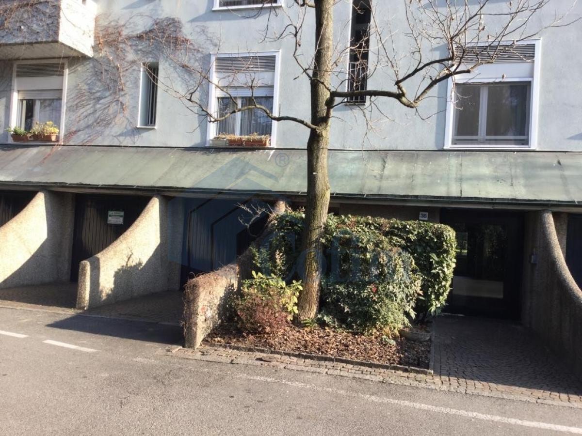 Box/Garage doppio in Settima Strada a  San Felice (Segrate) Vendita in Esclusiva - 1