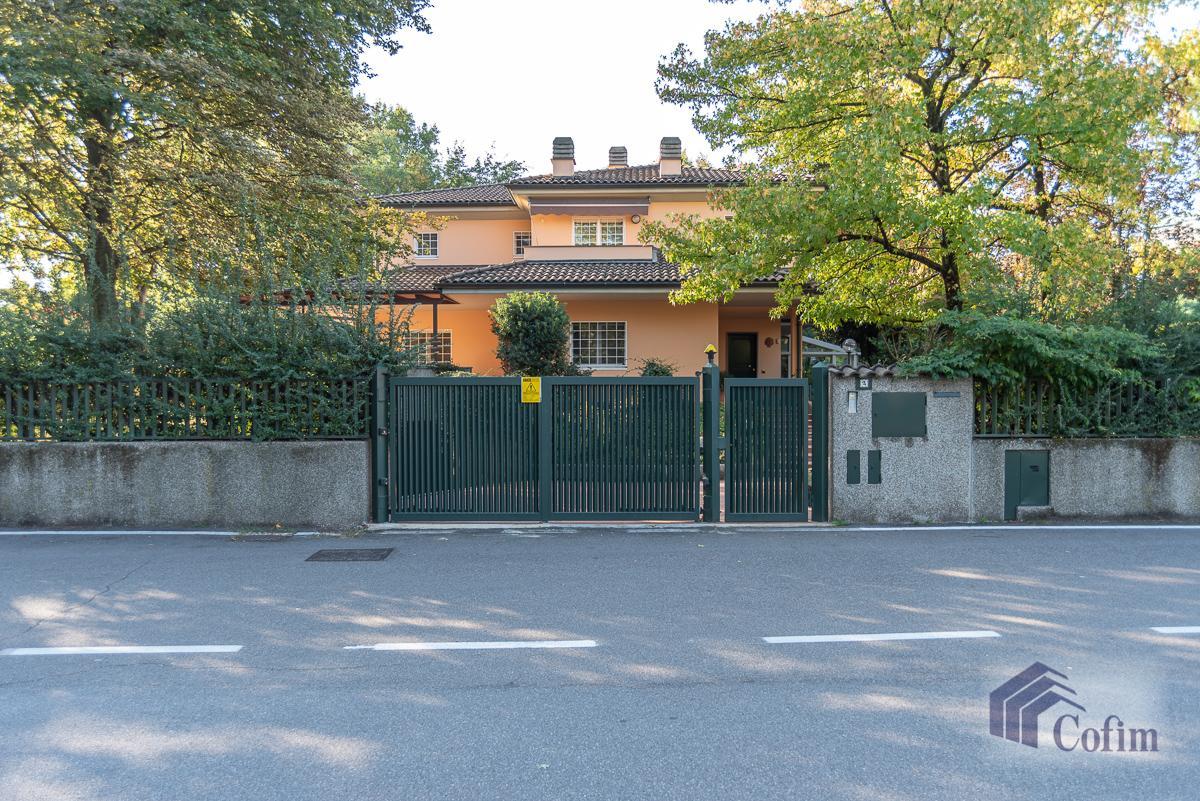 Villa singola completamente ristrutturata  San Felice (Segrate) in Vendita - 42