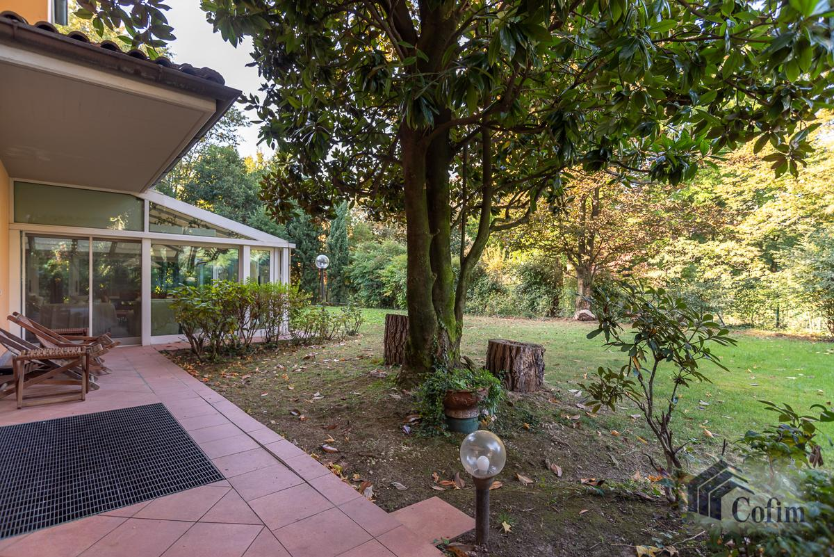 Villa singola completamente ristrutturata  San Felice (Segrate) in Vendita - 6