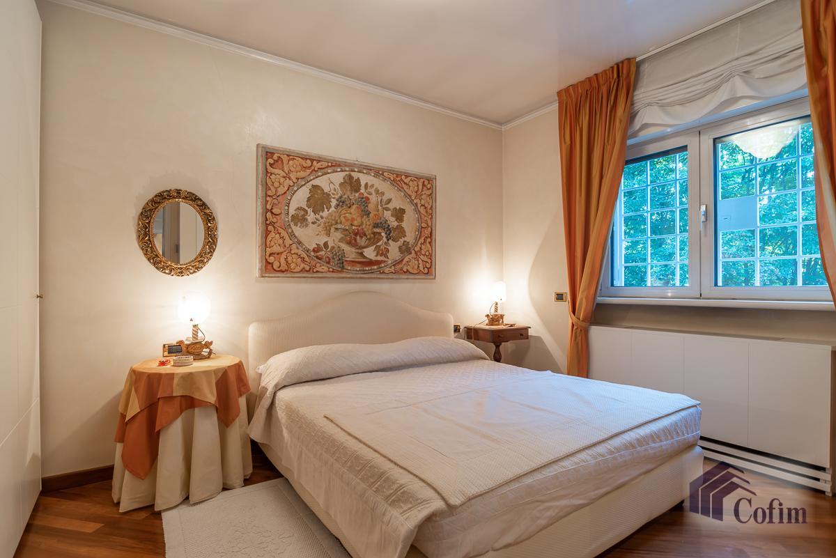 Villa singola completamente ristrutturata  San Felice (Segrate) in Vendita - 28
