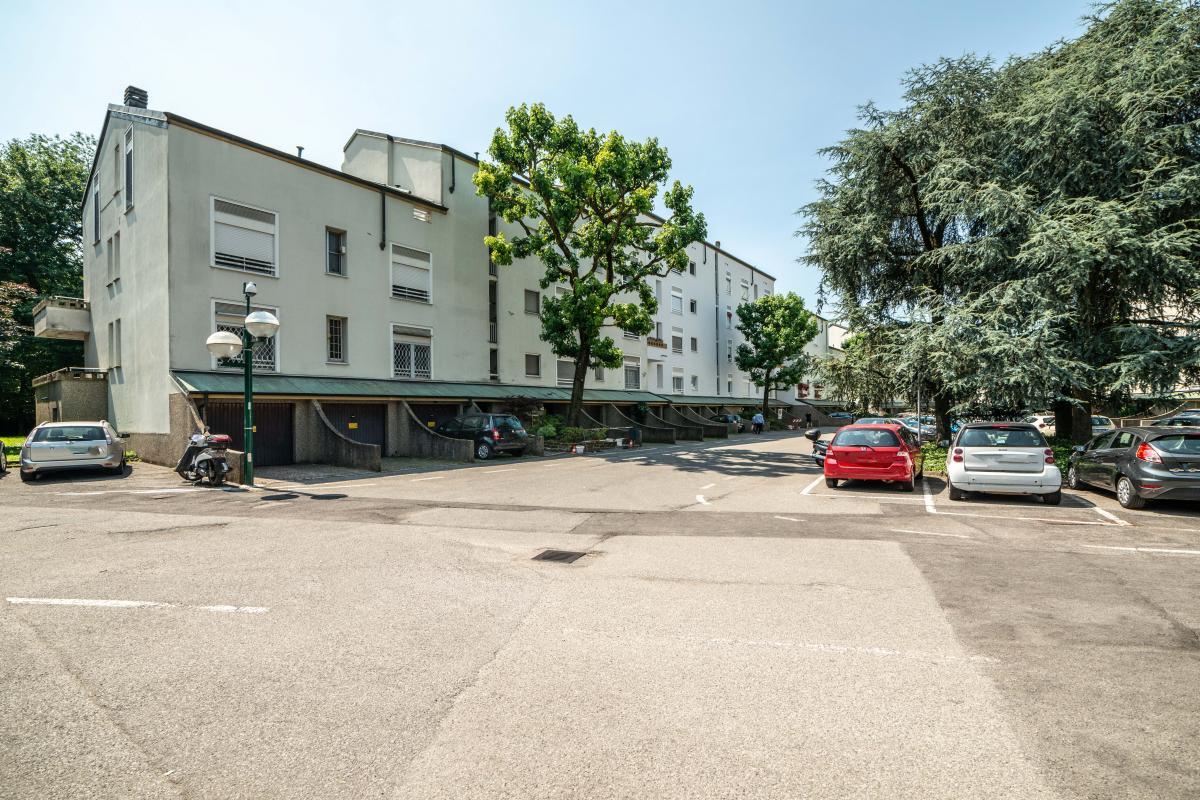 Box/Garage doppio in Prima Strada a  San Felice (Segrate) Vendita in Esclusiva - 4