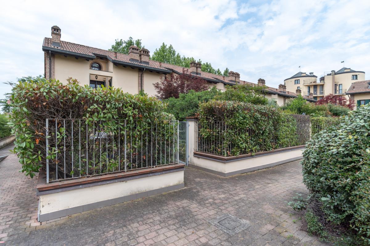 Villa a schiera particolare  Residenza Longhignana (Peschiera Borromeo) Vendita in Esclusiva - 2